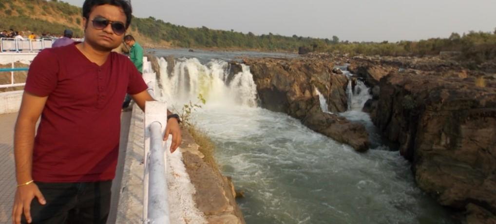 Madyapdadesh falls